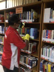 fumigasi perpustakaan
